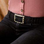 Cinturón para mujer en cuero grabado